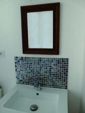 mosa que iris e et fa ence blanche pour salle de bain. Black Bedroom Furniture Sets. Home Design Ideas